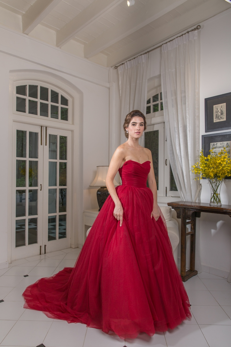 Wine Red Pleated Tulle Ballgown Evening Dress
