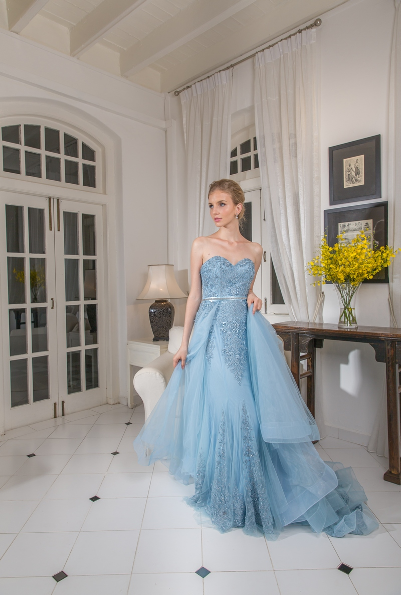 Pastel Blue Trimmed Lace Mermaid Flowly Evening Dress