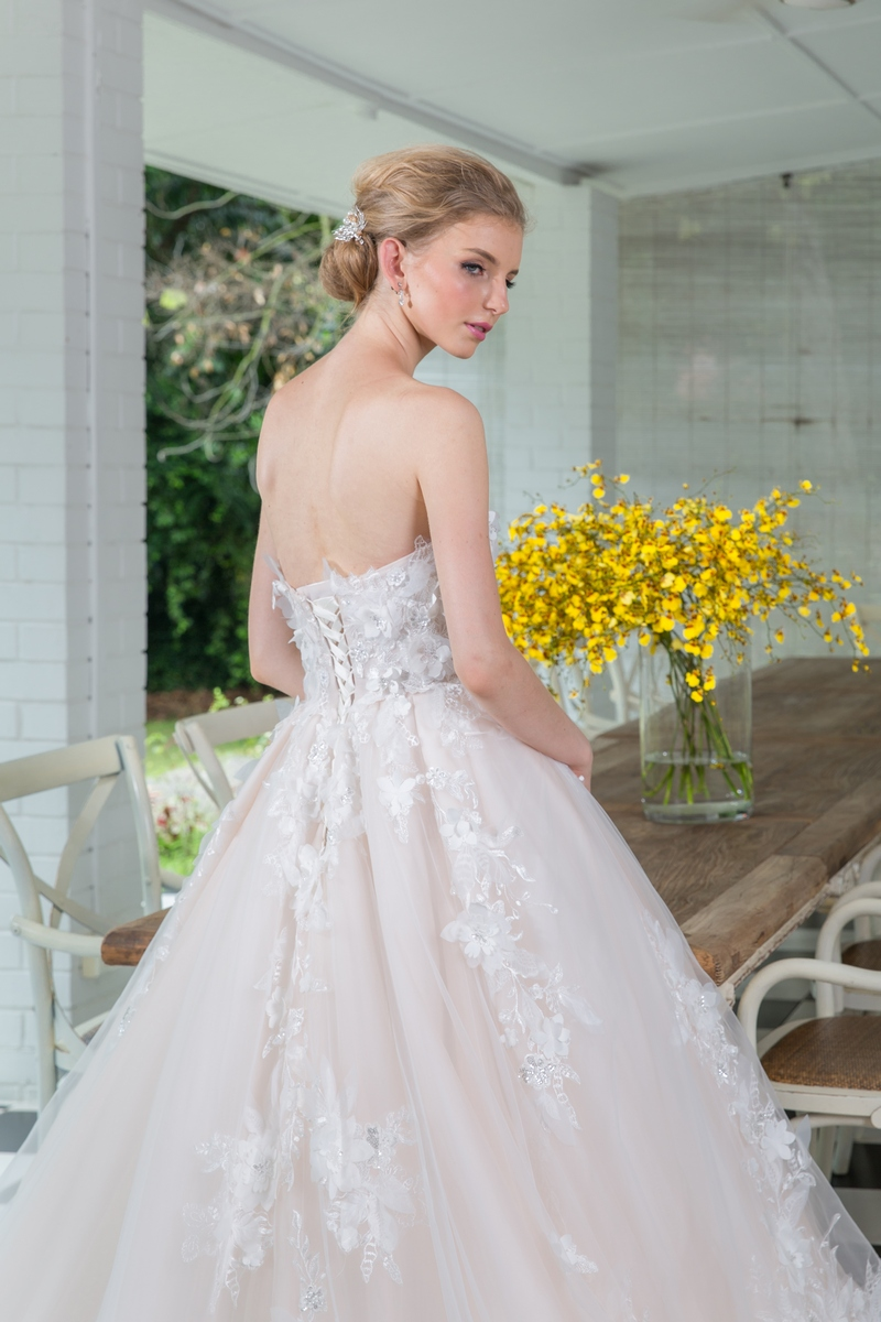 Blush Pink Sweetheart Bustier 3D Floral Tulle Ballgown Wedding Dress